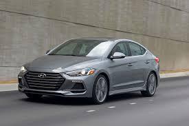 hyundai elantra sedan review 2017 hyundai elantra reviews and rating motor trend