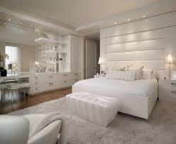 chambre moderne blanche chambre adulte blanche 80 idées pour votre aménagement
