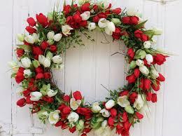 best 25 tulip wreath ideas on pinterest spring door wreaths