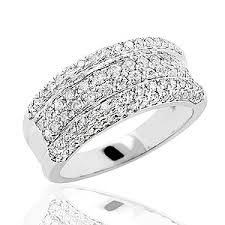 womens diamond wedding bands itshot is now offering 50 80 discount on its diamond wedding