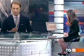 George Costanza Under Desk News Presenter Forgets She U0027s Sitting At A Glass Desk And Gives