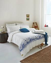 joules parasol bedding in cream blue