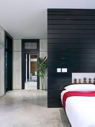 contrast is the name of the design game in this bedroom a wood