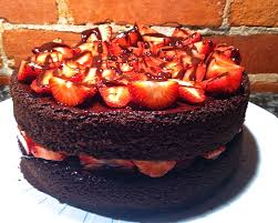 Devil U0027s Food Cake With Strawberries And Chocolate Ganache Sweet