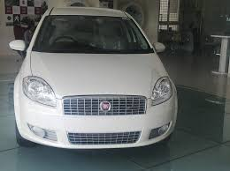 Fiat Linea Interior Images How Does The Fiat Linea Classic Compete Against Maruti Swift Dzire