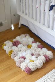 best 25 tapis pompon ideas on pinterest tapis de pompon ponpon