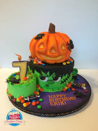 Halloween Cake Pictures by Nichole U0027s Custom Cakes Quakertown Pa