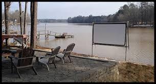 How To Make A Backyard Movie Screen by Diy Backyard Movie Screen Diy Projects