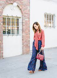 mixing prints like a mastermind during this scarf trend