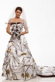 best 25 camouflage wedding dresses ideas on pinterest camo