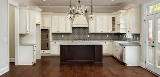 Of Late White Kitchen Cabinets Ice White Shaker Door Style - Shaker white kitchen cabinets