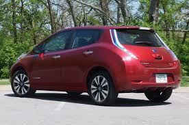 nissan leaf apple carplay 2013 nissan leaf w video autoblog