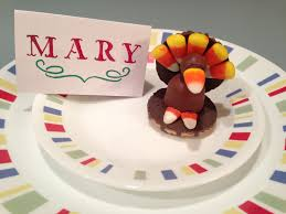 how to make a thanksgiving place card holder with chocolate