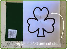 a thrifter in disguise st patrick u0027s day decor shamrock sash