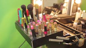 Professional Makeup Stand Makeup Tools Stand At The Table Professional Cosmetic Devices