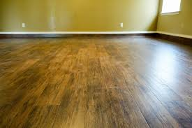 Right Step Laminate Flooring We Carry Flooring From The World U0027s Leading Manufacturers
