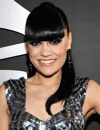 pictures of black ponytail hairstyles with bangs