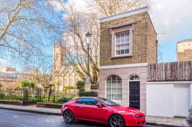 london house is tiny but still expensive money