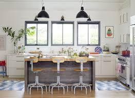 cuisine lambris cuisine blanche en bois 1 cuisine equipee blanche design mur
