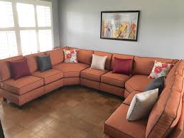 does it or list it leave the furniture who pays for the furniture in the renovation shows on hgtv