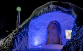 iglootel in arjeplog a night in a house of ice swedish lapland