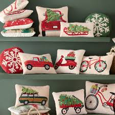 motif hooked wool pillows vivaterra