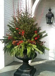 Luxury Homes Decorated For Christmas Outdoor Christmas Decorating Ideas Christmas Decor Pinterest