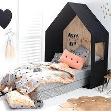 chambre d enfant pas cher chambre d enfant pas cher lit cabane dans une chambre denfants