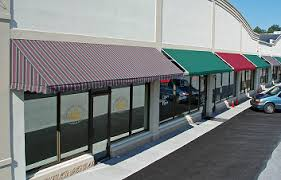 Commercial Retractable Awnings Commercial Or Retractable Awnings Rpm Signs And Lighitng