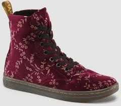dr martens womens boots size 9 134 best dr martens boots and shoes images on dr