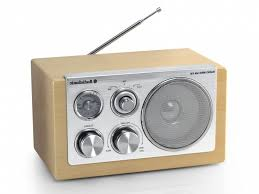radio im badezimmer hausdekorationen und modernen möbeln ehrfürchtiges badezimmer