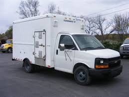 nissan box van chevrolet express 3500 van trucks box trucks for sale used