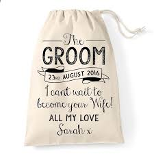 Wedding Gift Husband The 25 Best Groom Gift Bags Ideas On Pinterest Gifts For Fiance
