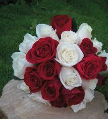 mail flowers hermoso bouquet de novia en rosas blancas y rojas cakes