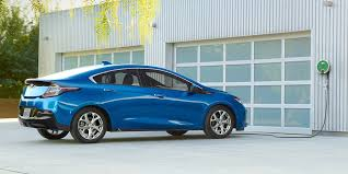2 door compact cars 2018 volt plug in hybrid electric hybrid car chevrolet