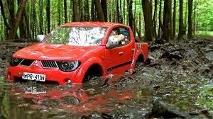 mitsubishi pickup 2013 rc mitsubishi l200 mud and deep water off road drive youtube