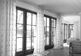 Laminate Flooring Black And White Drapes For The Living Room Color Paint Design Curtain Fabric
