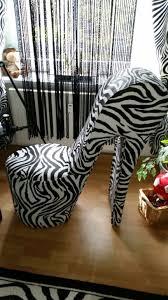 designer stuhl damenschuh high heels jpg