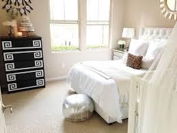 Pottery Barn Upholstered Bed Skyline Tufted Nail Button Wingback Velvet Upholstered Bed White