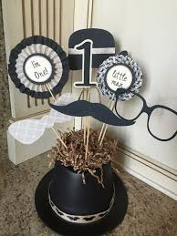 Centerpieces Birthday Tables Ideas by Best 25 Little Man Centerpieces Ideas On Pinterest Bow Tie