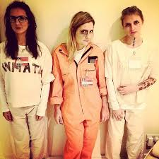 Oitnb Halloween Costumes Diy Halloween Costume Orange Black Popsugar Love