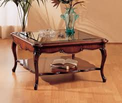 tische fã r wohnzimmer kleiner tisch mit dekorierten beine für wohnzimmer idfdesign