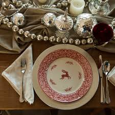 Conversing Dining Table Alice Allicee