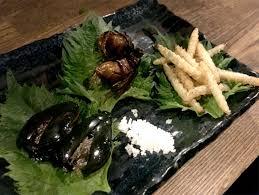 insecte cuisine ils ont essayé un restaurant d insectes au japon insectéo le