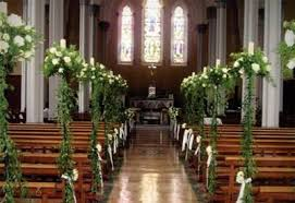 decoration eglise pour mariage decorations mariage pas cher fleurs pour eglise voiture table