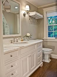 What Color To Paint A Small Bathroom by Best 25 Revere Pewter Benjamin Moore Ideas On Pinterest