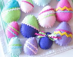 felt easter eggs how to make colorful felt easter eggs the how to home