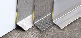 plinthe cuisine plinthe cuisine élégant galerie plinthes sur mesure pour meubles de