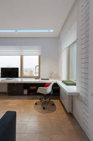 meubles modernes design plancher en bois l u0027accent dans un appartement convivial