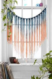 Easy Diy Bedroom Wall Art Best 25 Yarn Wall Art Ideas On Pinterest Yarn Wall Hanging Diy